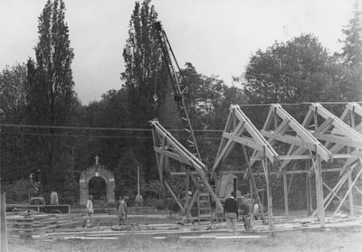Construction of the West Vancouver Memorial Library