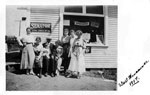 West Vancouver Grocery Store & Group