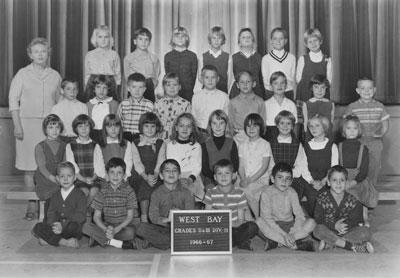 Mrs. Mould's Grade II & III Classes (1966-'67)