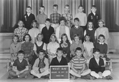 Mrs. Mould's Grade II & III Classes (1965-'66)