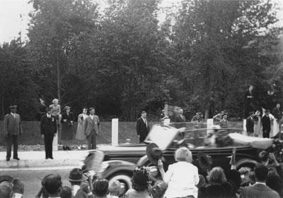 Queen Elizabeth and King George Motorcade