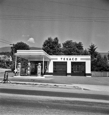 Texaco Station at 18th & Marine