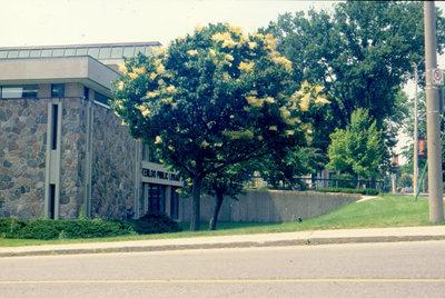 Waterloo Public Library Exterior, 2001