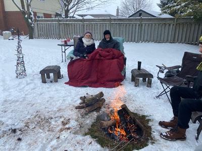 Outdoor COVID-19 Christmas Campfire, Elmira