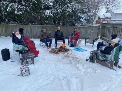 Outdoor COVID-19 Christmas Gathering, Elmira