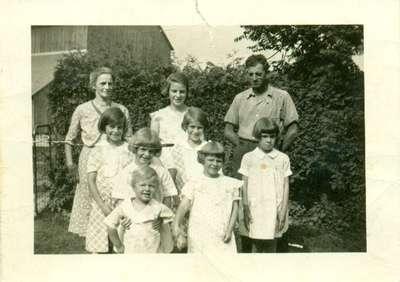 Howard and Linda Snider and Family