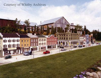 Cullen Gardens & Miniature Village