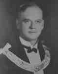 Robert McNee, 1927