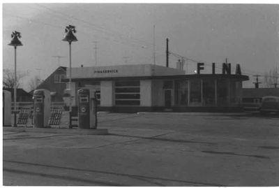 Fina Service Station, Ajax 1959