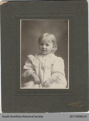 Photo of Helen Kirr