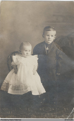 Photograph of Mabel and Lloyd Ferris