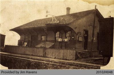 Passengers at Harley Station