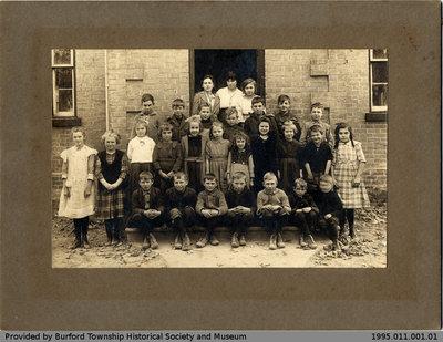 Salem Public School 1923-24 Class Photo