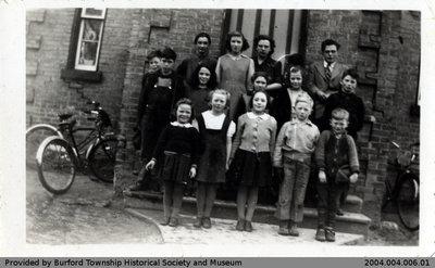 Salem School 1946 Class Photo
