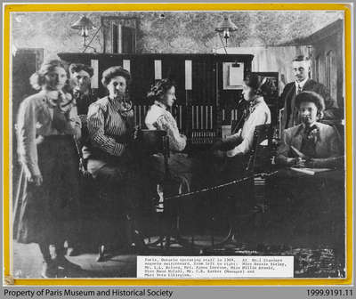 Paris Telephone Exchange and Operators, 1913