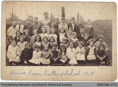 Scotland School Junior Room Class Photo, 1918