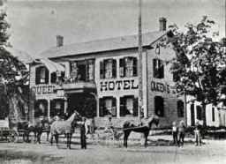 Queens Hotel in Oakville, 1880 - likely very similar to O'Reilly's Tavern.