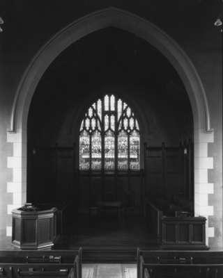 Knox Presbyterian Church, Oakville: chancel 1920.