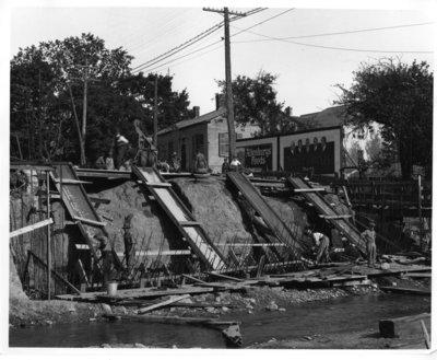 LH0374 Bridge construction on King Street