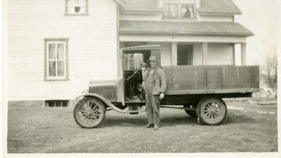 LH1115 Man with his Ford truck and his dog