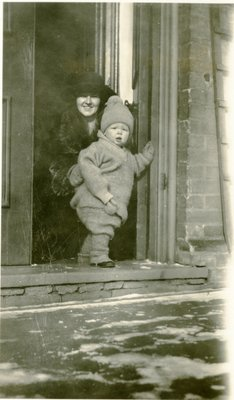 LH1328 Vera Morphy and son J. Denys Morphy as a toddler.