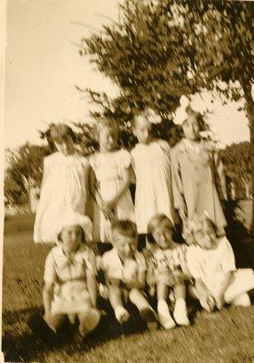 LH2499 Sunday Schools - Little Brown Church (03)
