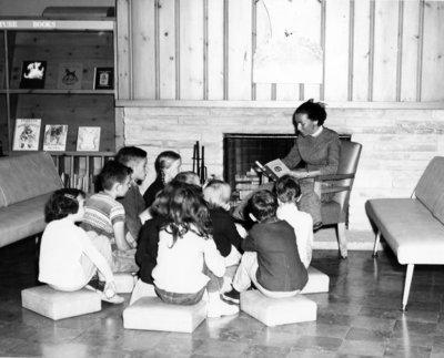 LH2985 OPL- Children's Reading Room