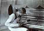 LH0803 Taking a Piano Break