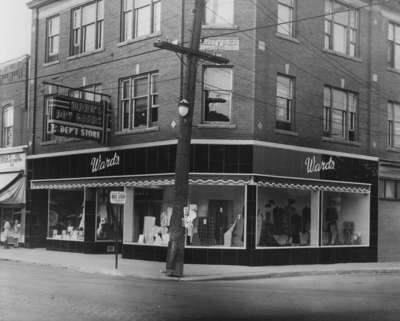 LH1679 Ward's Dry Goods Storefront (3)