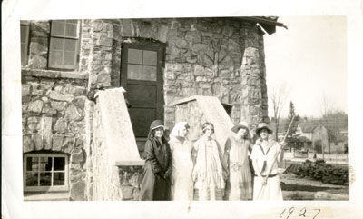 Group in front of the Rosseau Community Hall 1927 - RM0019