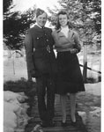 Gates, Ellis Gordon - 1940s - Vet WW II with Bernice Jobbins - RP0092