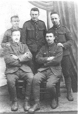 RP0366 - People - Group with Foote - Foote, George Vet WWI back row 1st person on left - get year G