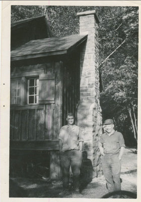 RI0183 - lt to rt - George Clifford & Allan Fraser - Scroggy cottage - Whitefish Lake - mid 1950s