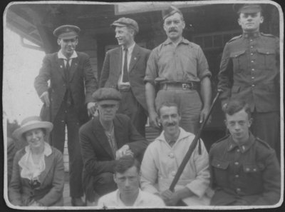 Soldiers and staff at Fettercairn