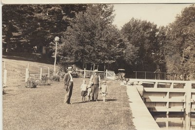 Herman Warren with son Don, other children and friend at Newboro c.1926