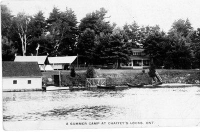 Anderson (later Burton's) camp at Chaffey's Lock c.1930