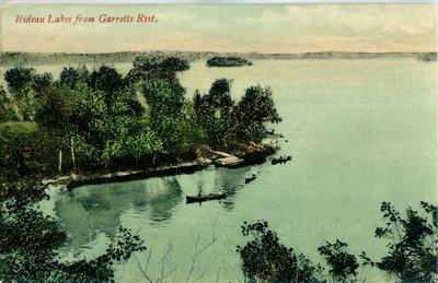 Boating at Garrett's Rest on the Big Rideau