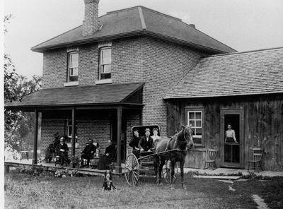 Lakeside farm of the Wood family c.1905