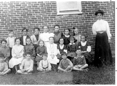Lombardy Public School SS#6 about 1908
