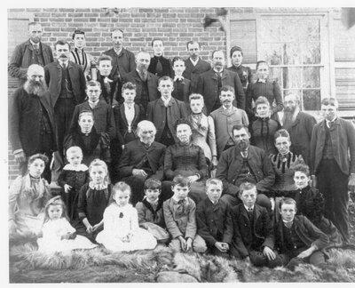 Leggett family reunion at Clear Lake 1891