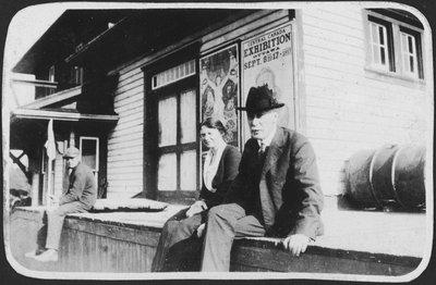Dr. C.B. Farrar and unidentified woman