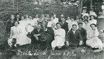 Elgin Methodist Church Group in Delta Park 1920