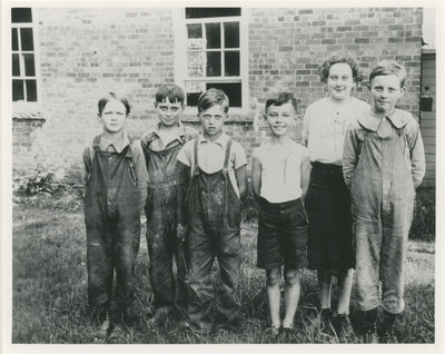 Plum Hollow School