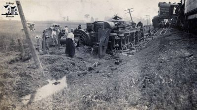 1920 Train Wreck and Crane