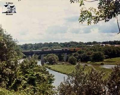 CNR freight train on Sarnia Bridge