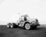 IHC Truck, model RDF 220