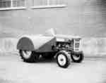 IHC model 350 tractor with orchard fenders.