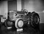 IHC B275 tractor.