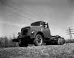 IHC AC 180 truck.