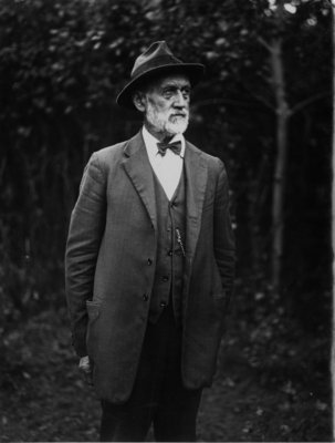 Outdoor portrait of an unidentified older gentleman.